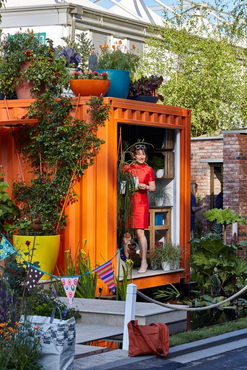 Ann-Marie Powell, garden designer, RHS Chelsea flower show 2016, studio based in Petersfield Hampshire.